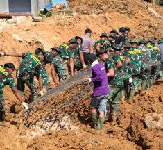 Sinergeritas dan Semangat Gotong Royong TNI/POLRI di Lokasi TMMD 112 Kodim 0908/Bontang